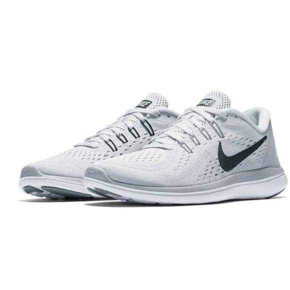 low priced e83a5 2a9a3 Grey Nike Women s Flex 2017 RN Running Shoes. M 5ae1074ddaa8f69d022470a3